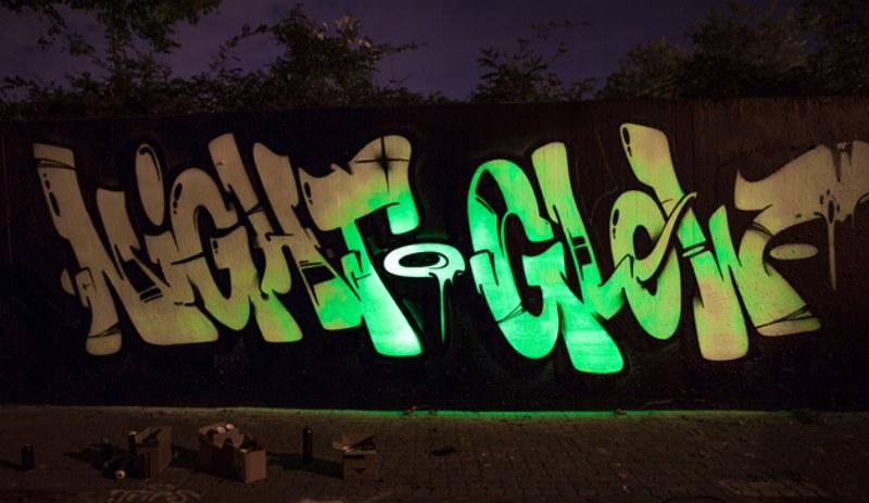 Montana Night Glow 400ml Bomber.nl